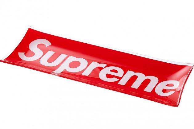 supreme ss13 gadgets 6 630x420 - Supreme - Acessórios (Primavera/Verão 2013)