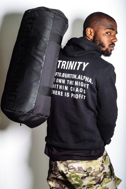 "streetwear brasil undefeated alpha industries burton colecao trinity 2015 08 - Undefeated x Alpha Industries x Burton ""Trinity"""