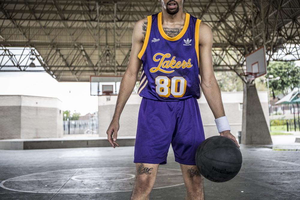 The Hundreds e adidas recriam peças de times da NBA