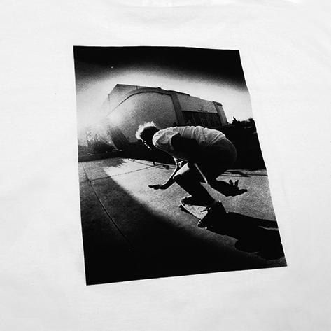 Noah lança camisetas com renomado fotógrafo de skate