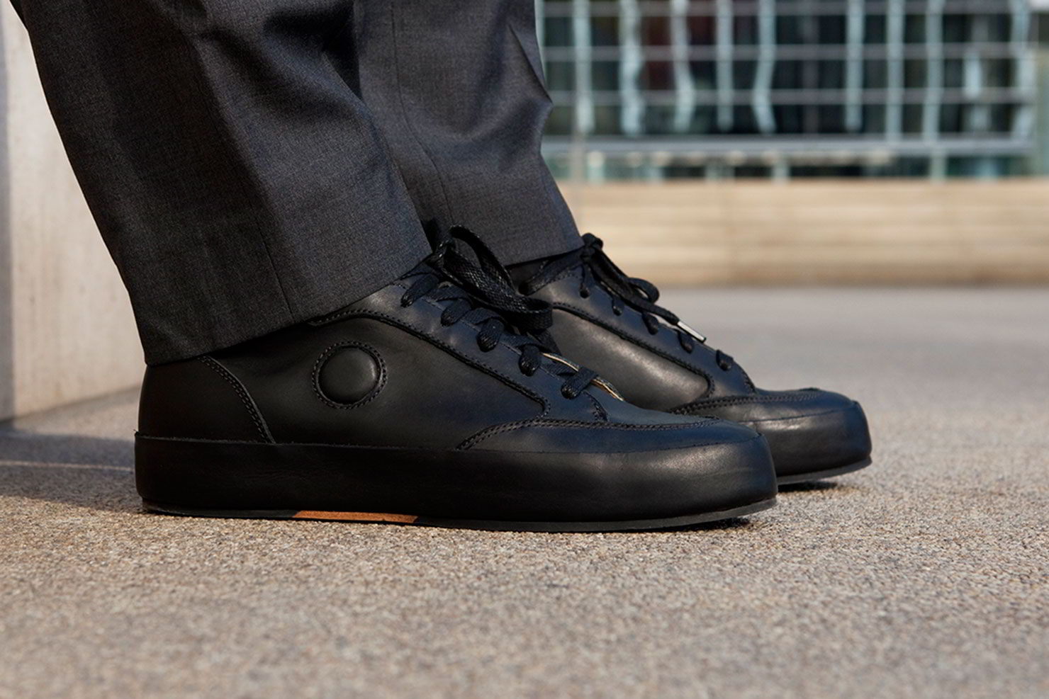 Rone lança sneaker inspirado em clássico da Airwalk