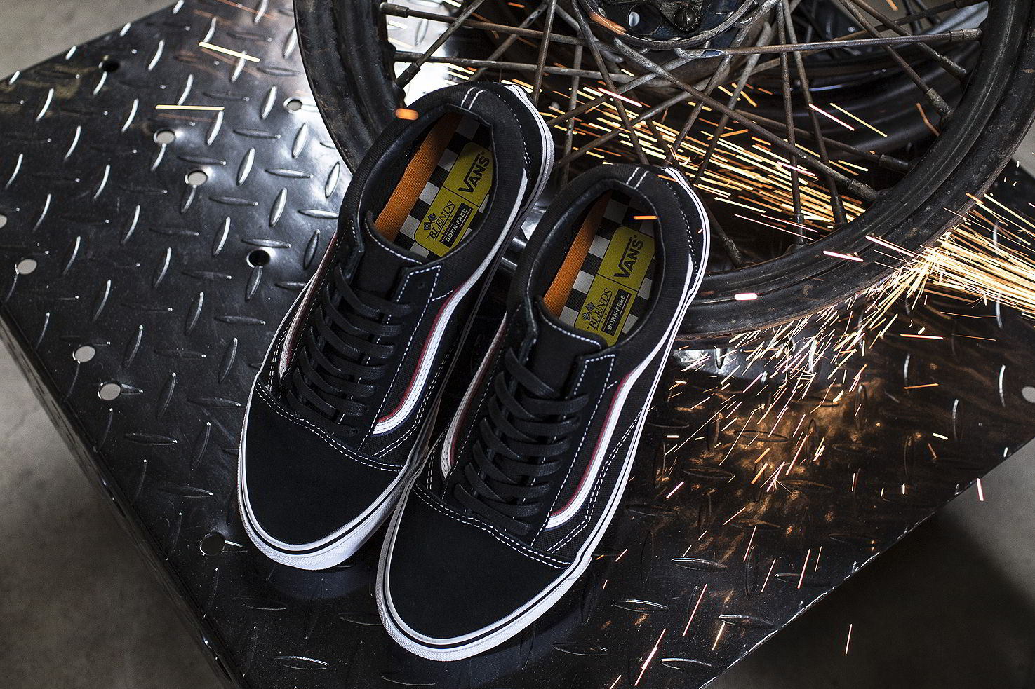 blends vans vault born free 8 collab 05 - Blends e Vans Vault lançam Old Skool inspirado por motoqueiros