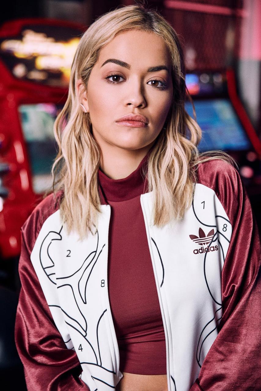 Rita Ora x adidas Originals: Pack inspirado em brincadeira infantil