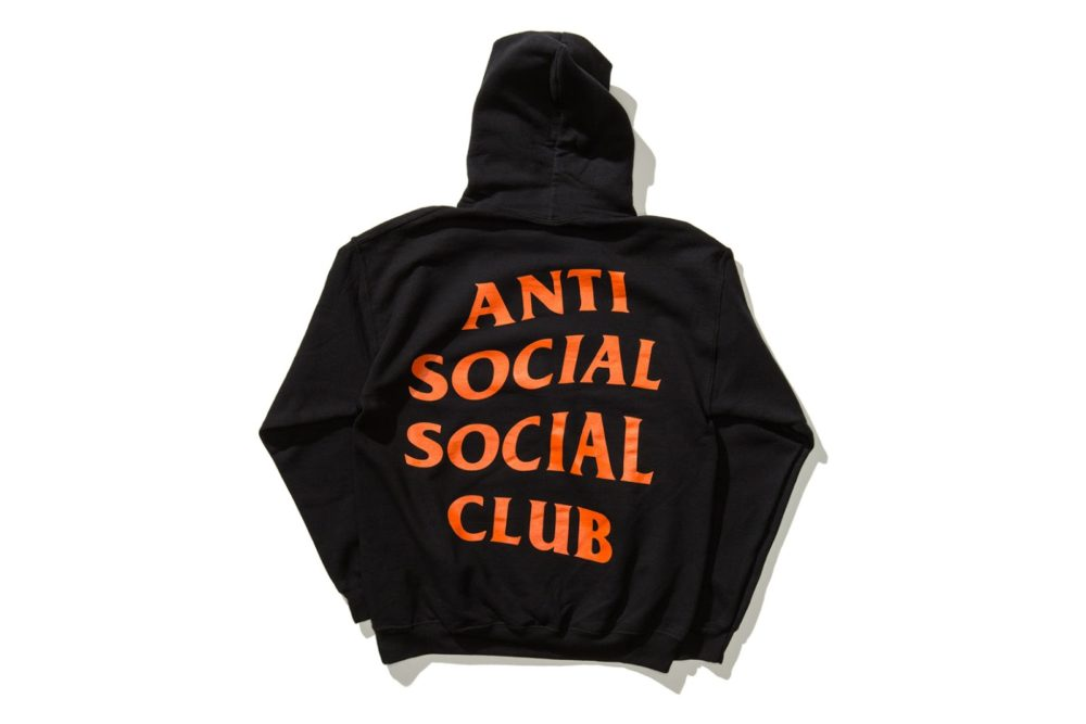 """Anti Social Social Club x Undefeated """"Paranoid"""" (Cápsula)"""