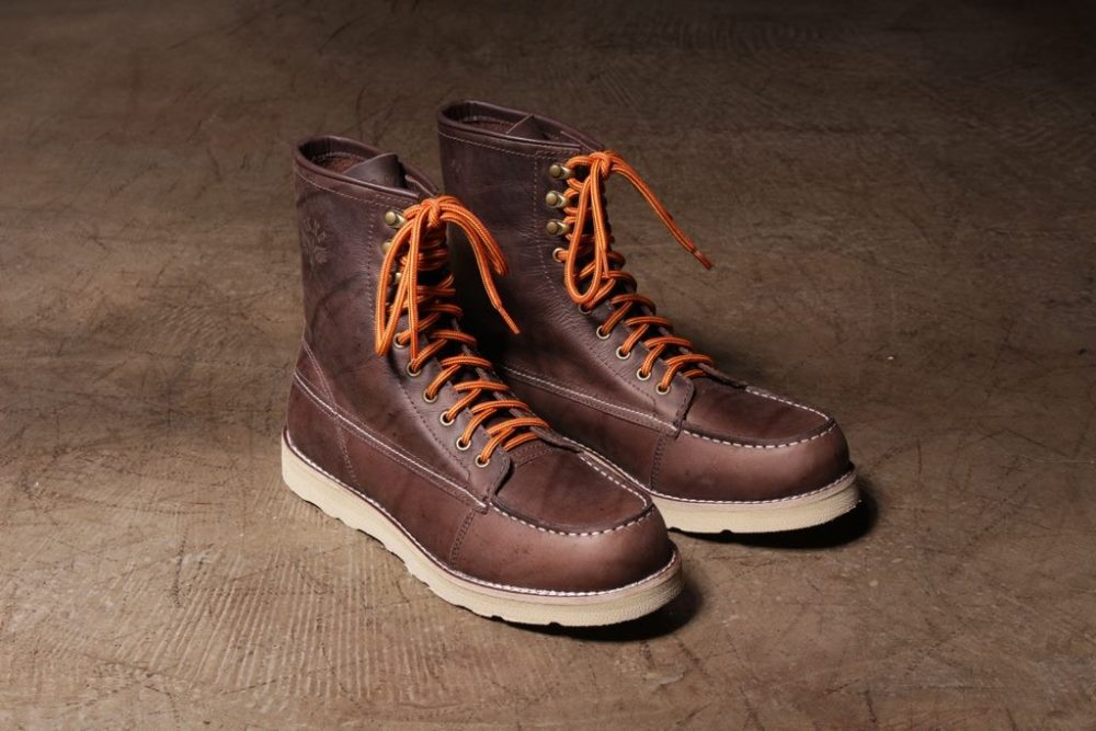 Breaknecks lança botas estilo Moc Toe