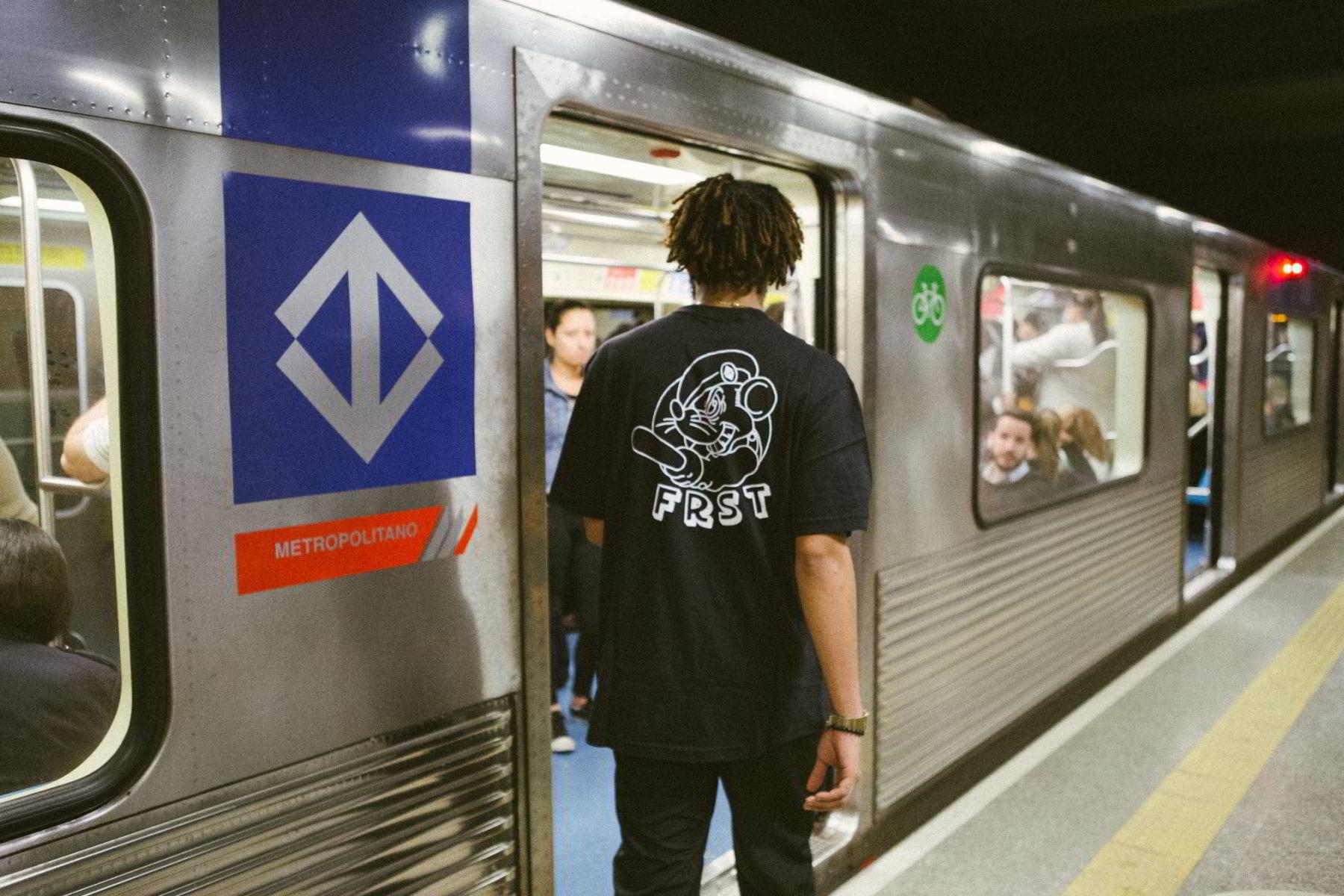 first 1 metro sp 07 - First #1 lança coleção inspirada no metrô de São Paulo