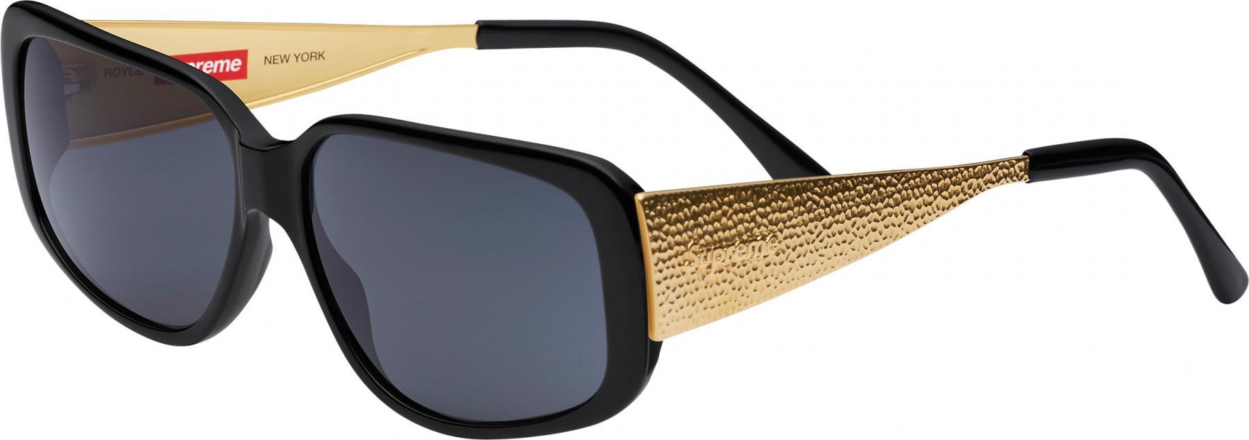 Supreme apresenta novos modelos de óculos escuros 01c6ccf37c