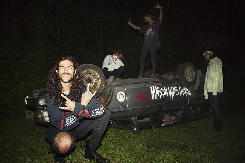 mason colecao resurrection 20 - O skate-metal da MASON