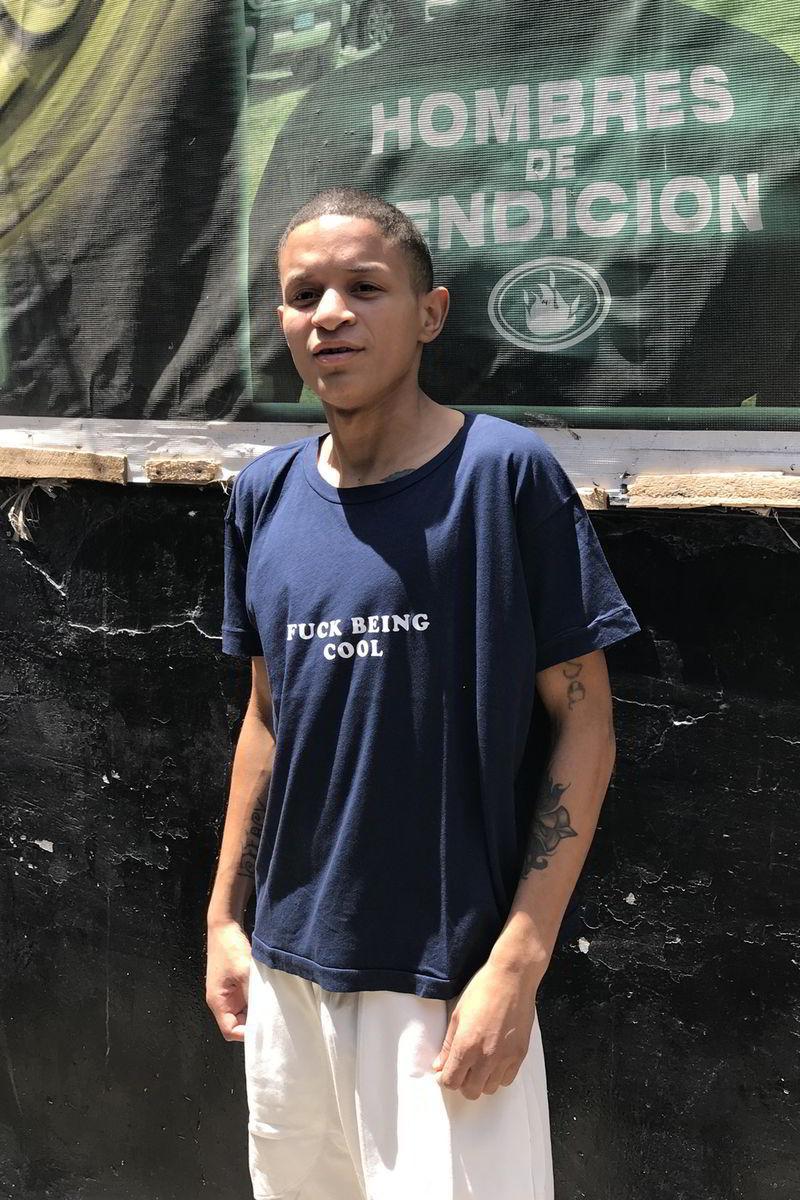 willy chavarria uniforme prisao lurigancho 02 - Willy Chavarria lança coleção de uniformes para prisão peruana