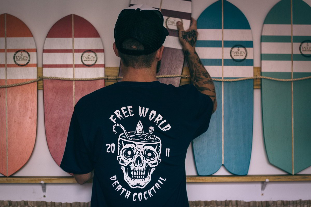 """free world nothing is ours primavera verao 2018 12 - Free World celebra a amizade em """"Nothing is Ours"""""""