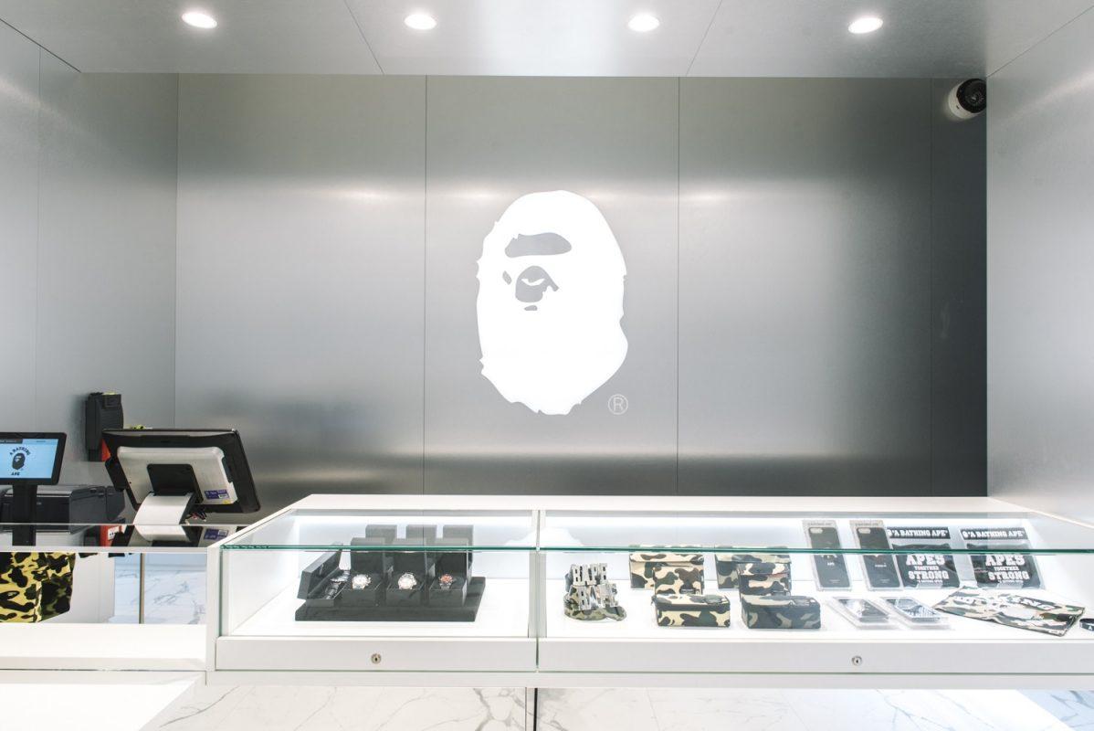 Conheça a nova loja da BAPE em Paris