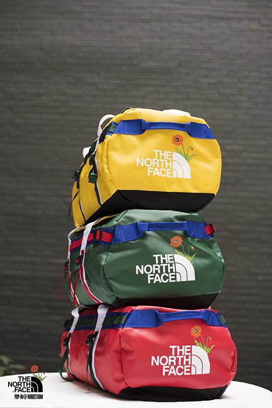 the north face nordstrom capsula 08 - The North Face relança peças icônicas em parceria com a Nordstrom