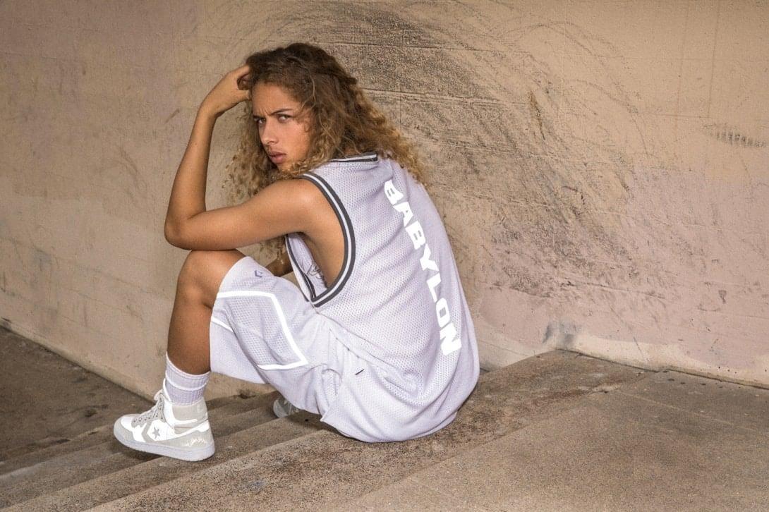Babylon e Converse lançam tênis e roupas em parceria