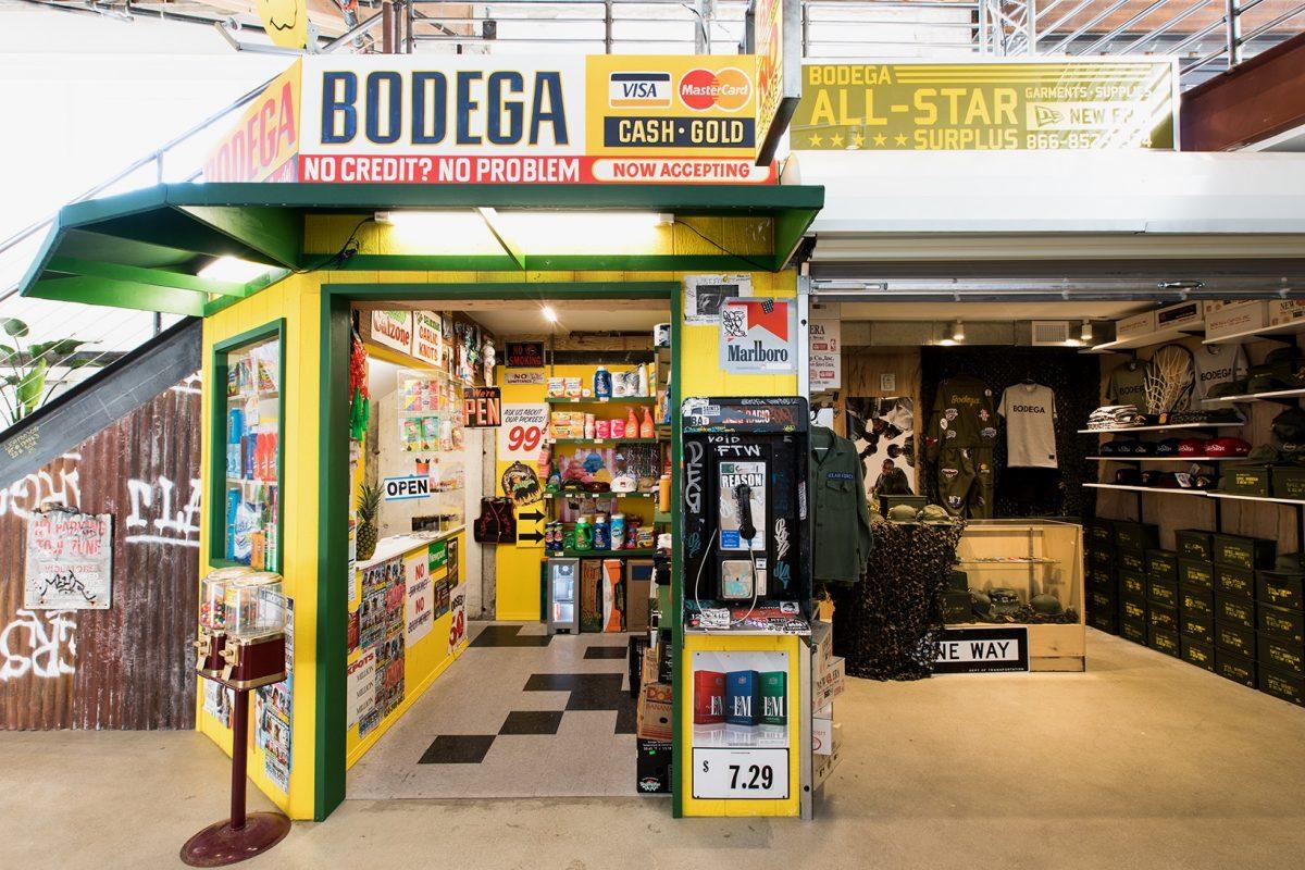 bodega los angeles nova loja 01 - Nova Iorque dos anos 80 é tema de parceria da Extra Butter com a Reebok