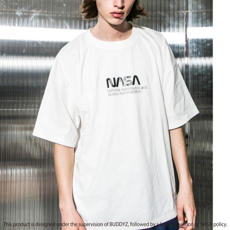 nasa x monkey time collab 01 - NASA e monkey time lançam camisetas em parceria