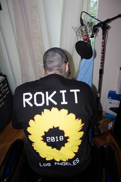 rokit pleasures primavera verao 2018 01 - Basquete e punk se misturam na parceria ROKIT x PLEASURES