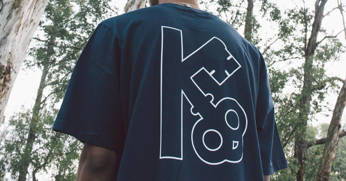 3. Link Facebook Imagem - Supreme e Levi's lançam conjuntos jeans com risca de giz