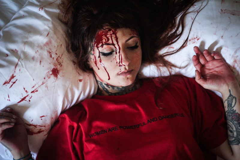Dirty Blood defende as mulheres em nova coleção