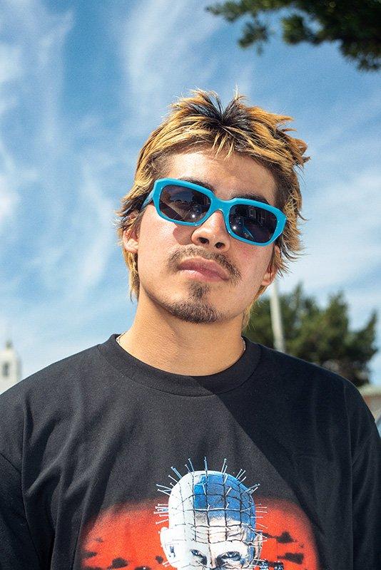 Supreme apresenta novos modelos de óculos de sol f02b7228bd