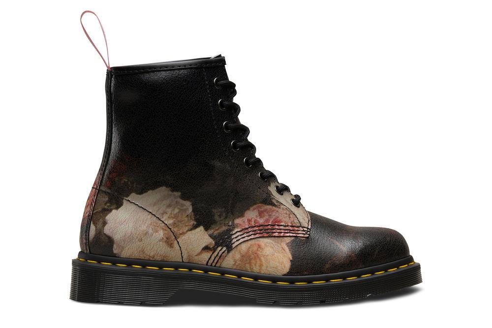 dr martens joy division new order peter saville botas 2 - BAPE lança coleção especial para boleiros