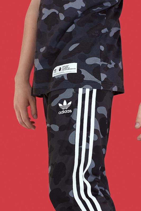 bape adidas originals adicolor outono inverno 18 05 - BAPE e adidas Originals apresentam nova collab em conjunto