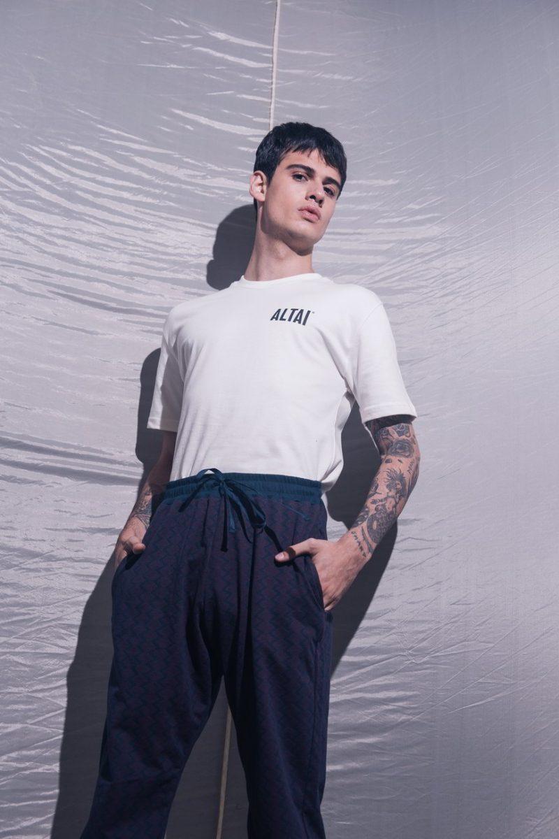 alta company comfortable as always 02 - Altai Company lança primeira coleção de vestuário