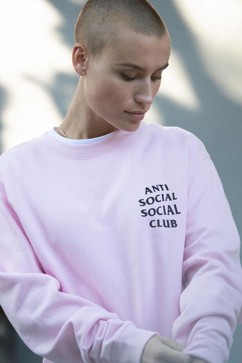 anti social social club outono inverno 2018 09 - Anti Social Social Club aposta em logomania para outono/inverno
