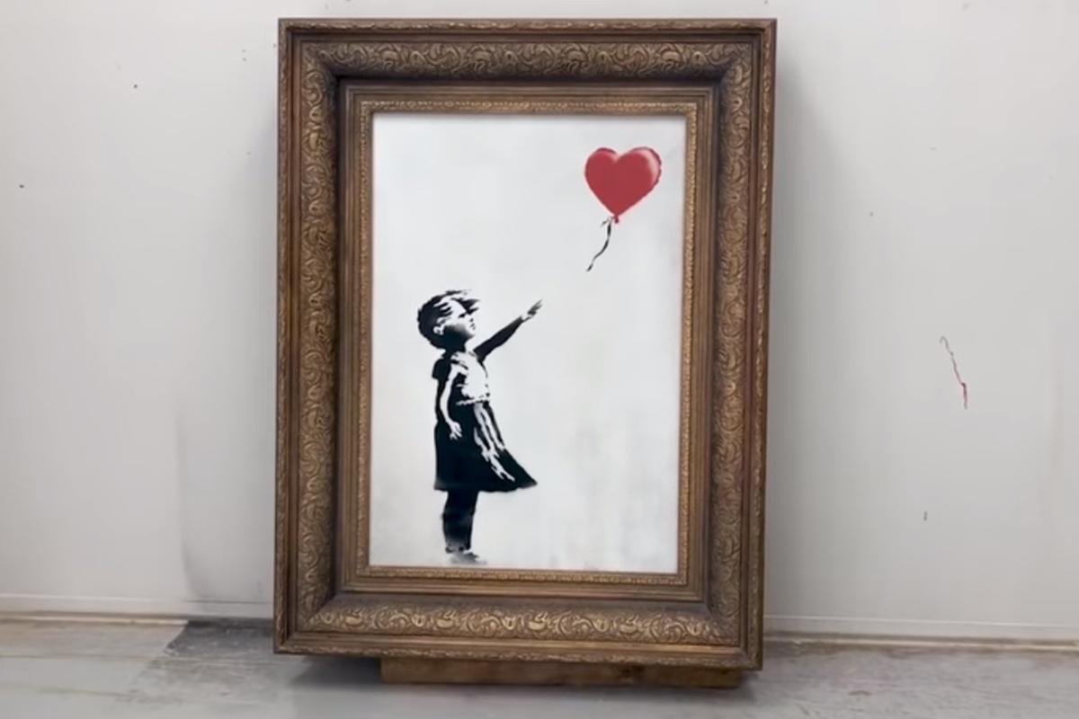 banksy girl with a balloon - Banksy revela que pintura deveria ter sido totalmente destruída