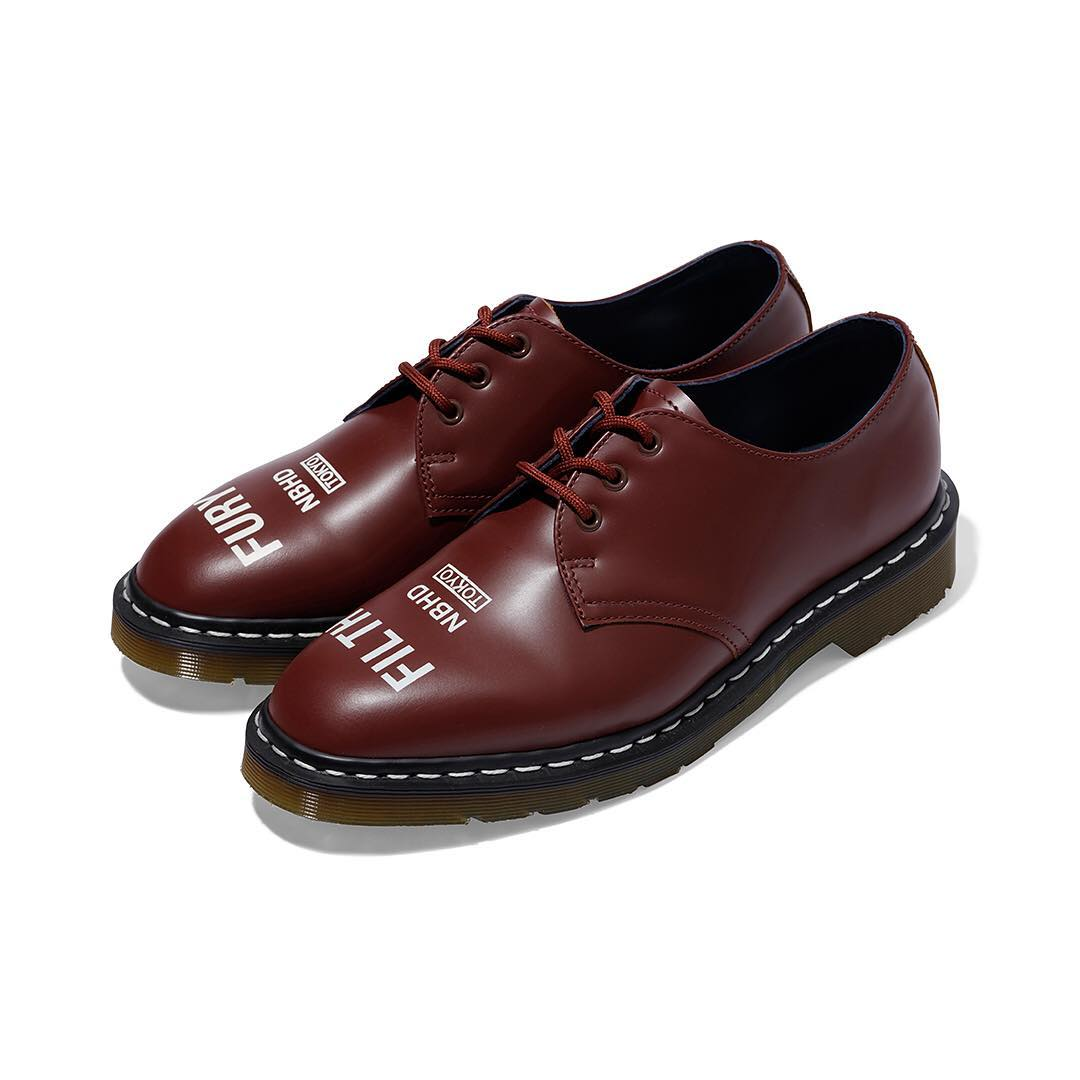 neighborhood dr martens collab 10 - NEIGHBORHOOD colabora pela primeira vez com Dr. Martens