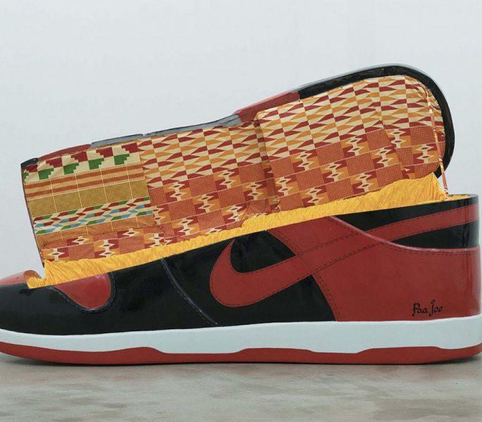 Paa Joe cria caixões em formato de tênis clássicos da Nike