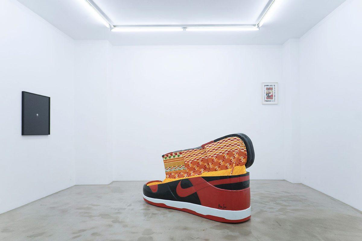 paa joe air jordan 1 bred coffin 3 - Paa Joe cria caixões em formato de tênis clássicos da Nike