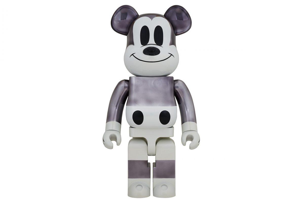 disney fragment design mickey mouse medicom toy bearbrick 01 - Medicom e Fragment Design celebram 90 anos de Mickey Mouse