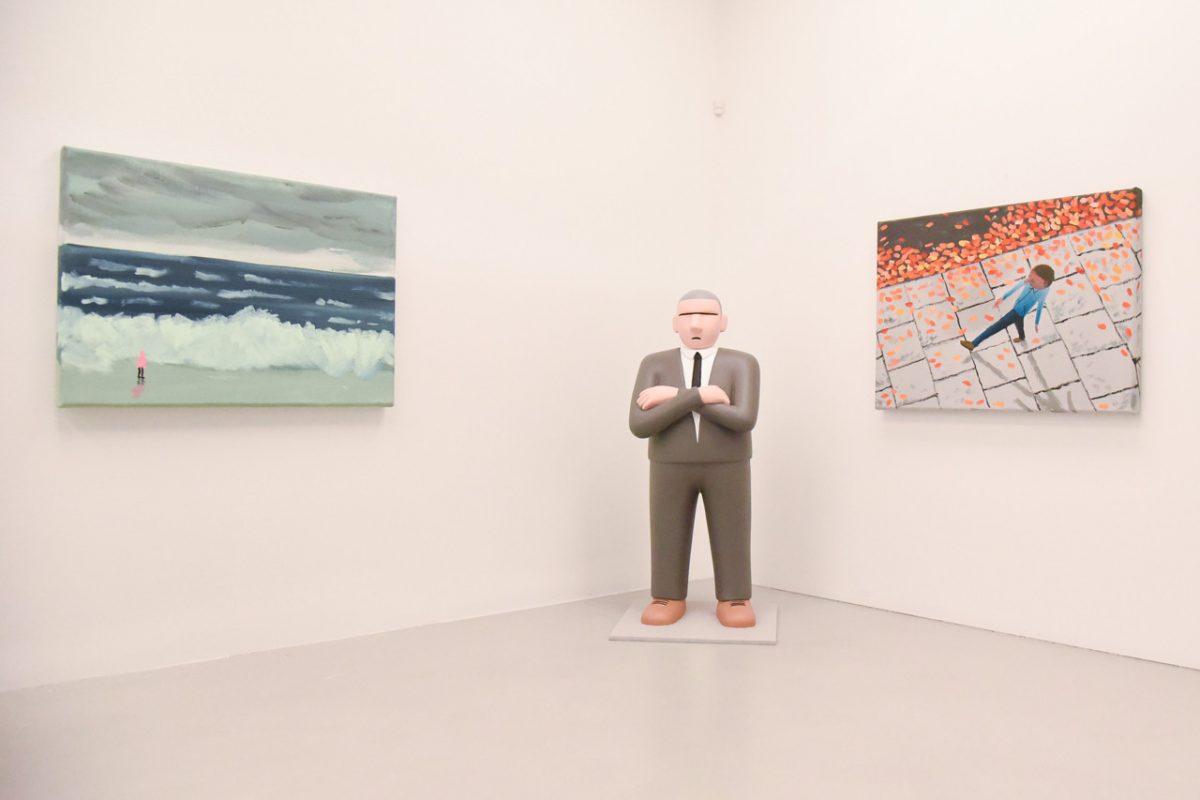 """jean jullien arsham fieg gallery gib exhibition 3 - Jean Jullien exibe """"GIB"""" na galeria de Daniel Arsham e Ronnie Fieg"""