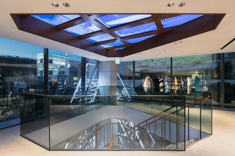 palace tokyo loja 07 - Conheça a nova loja da Palace em Tóquio
