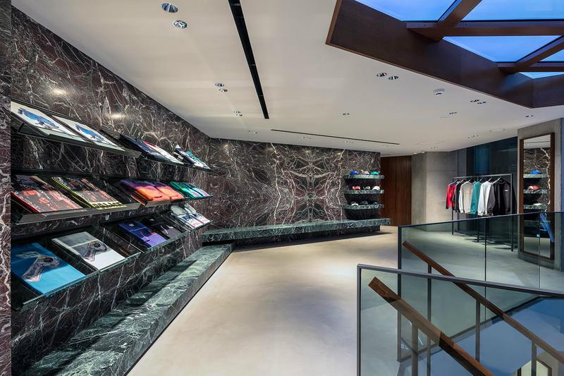 palace tokyo loja 09 - Conheça a nova loja da Palace em Tóquio