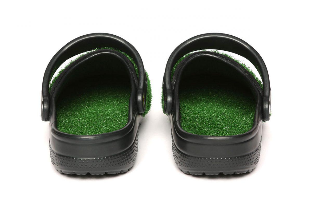 chinatown market crocs grama sintetica 04 - Chinatown Market e Crocs aplicam grama sintética em sandália