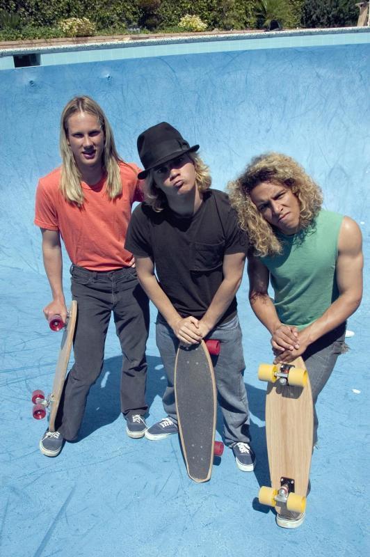 lords of dogtown 2005 - O skate tá virando coisa de engomadinho?