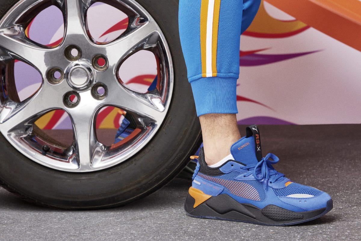 puma rs x hotwheels colab 07 - PUMA pisa fundo em colaboração com Hot Wheels