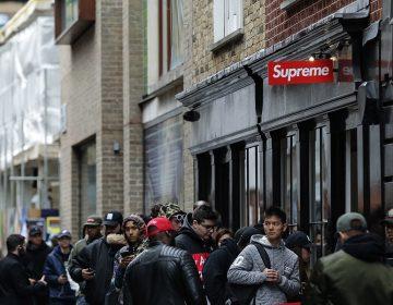 Roubaram o letreiro da Supreme em Londres