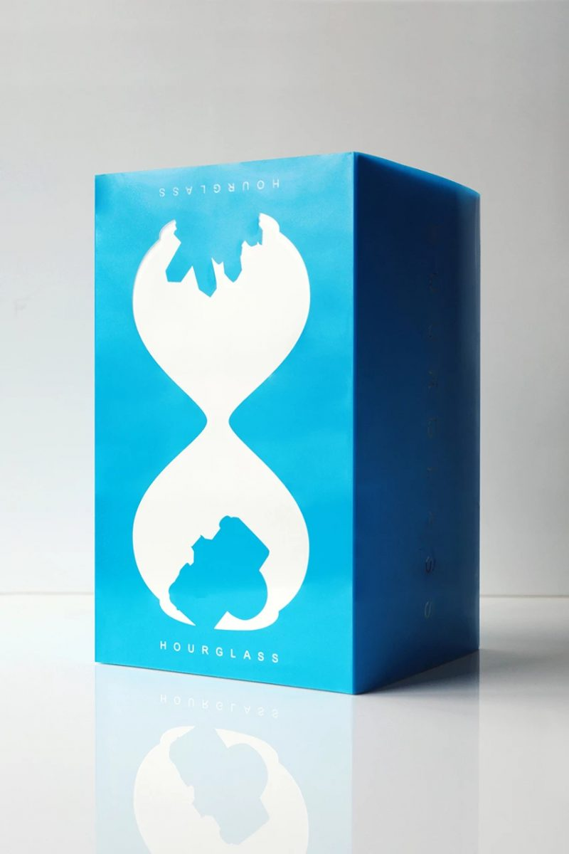 daniel arsham hourglass blue colecionavel 03 - Daniel Arsham vai lançar ampulheta decorativa