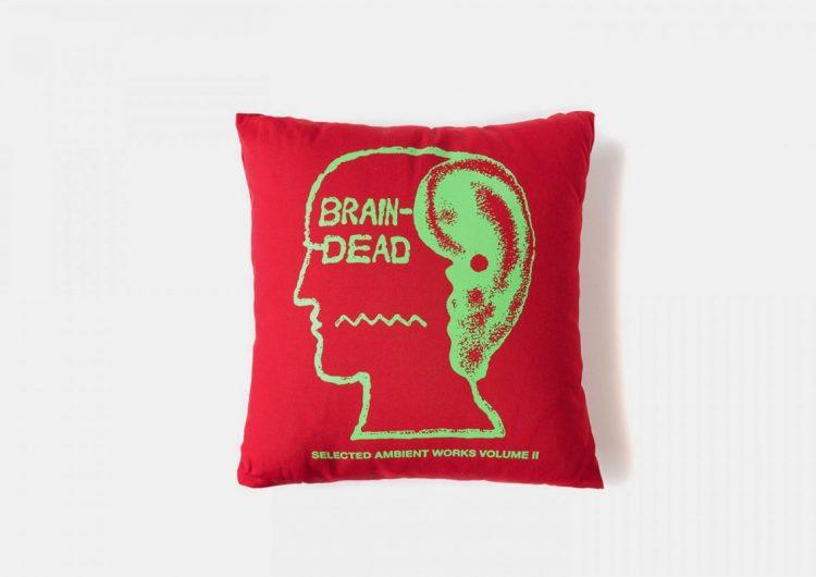 brain dead home good 01 750x530 - Home
