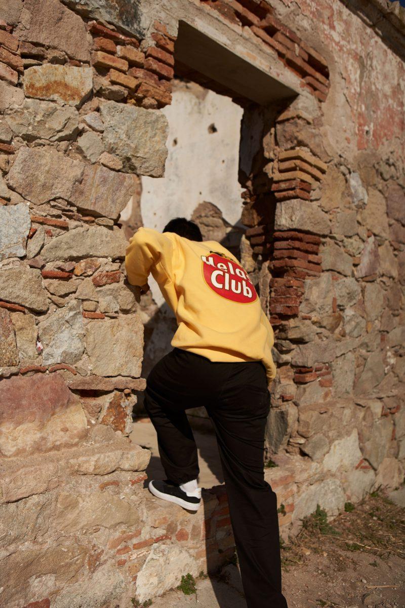 helas colecao primavera 2019 02 - Barcelona serve de plano de fundo para nova coleção da Hélas