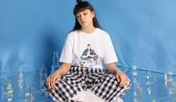 Lazy Oaf discute saúde mental na coleção 'It's OK to…