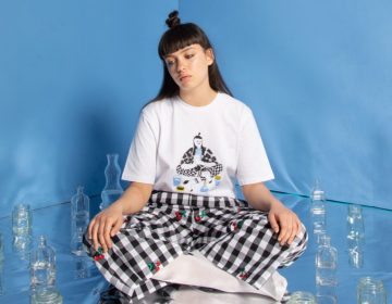 Lazy Oaf discute saúde mental na coleção 'It's OK to not be OK'
